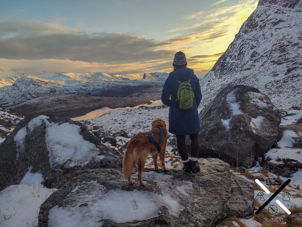 Haciendo rutas en Noruega en el invierno Ártico