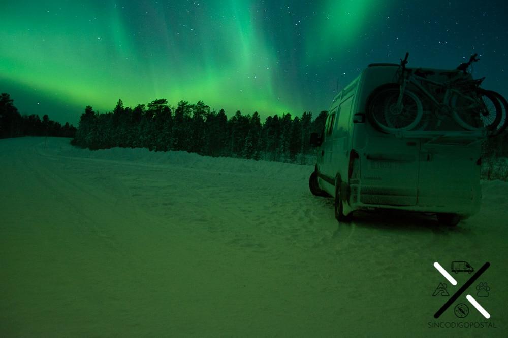 En invierno es más facil ver auroras boreales debido a las horas de oscuridad