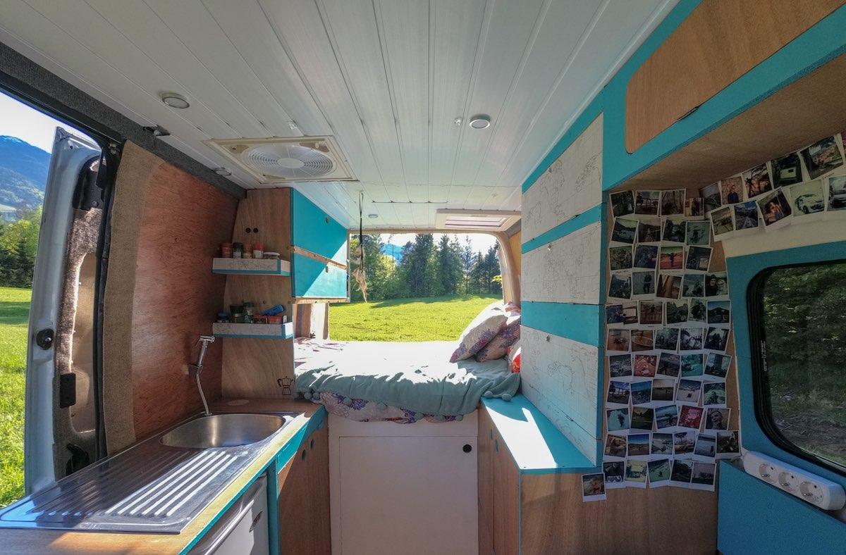 Nuestra furgoneta Renault Master camperizada donde vivimos