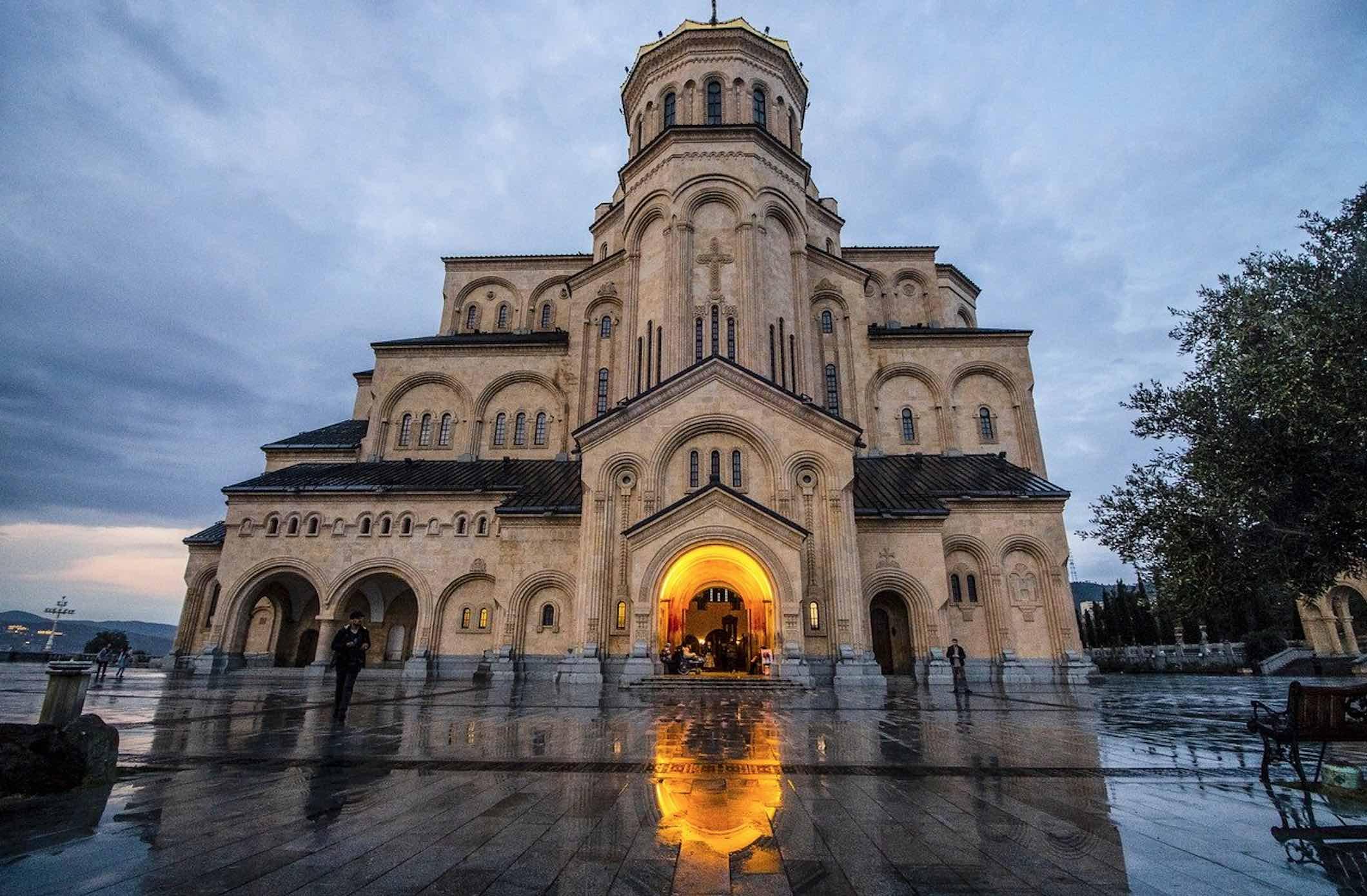 Catedral de la Santísima Trinidad Tbilisi