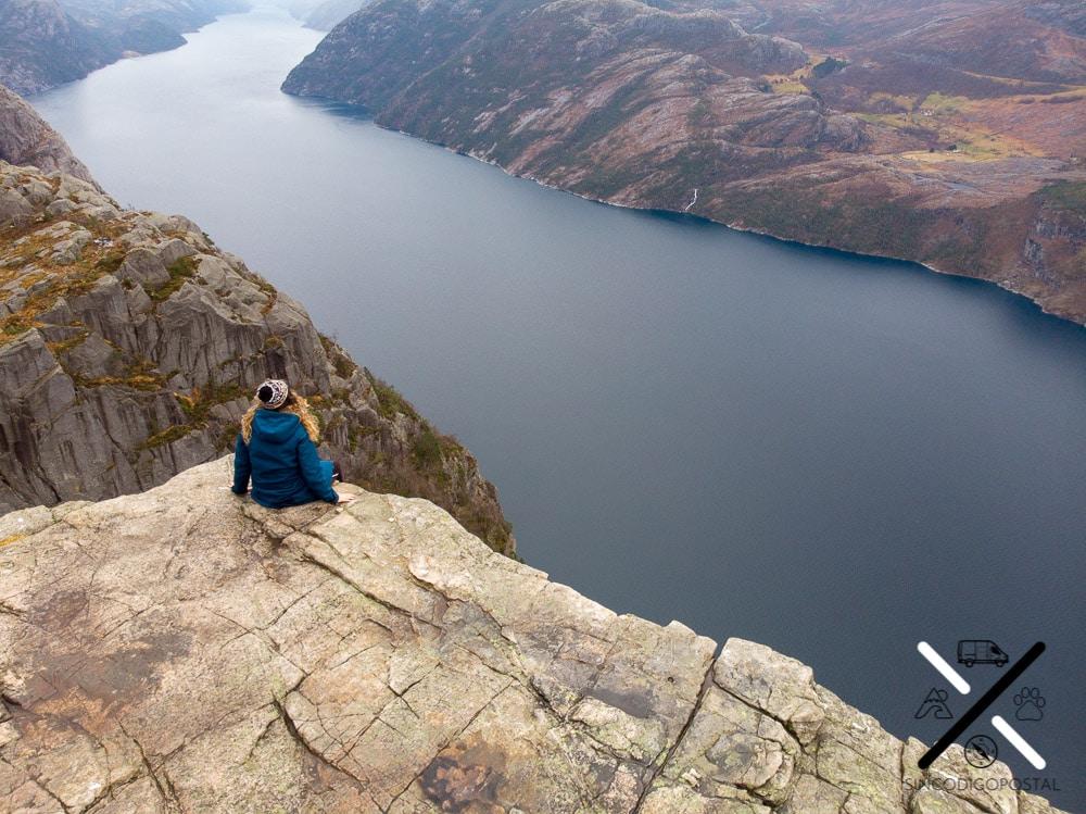 El fiordo Lysefjord de Preikestolen