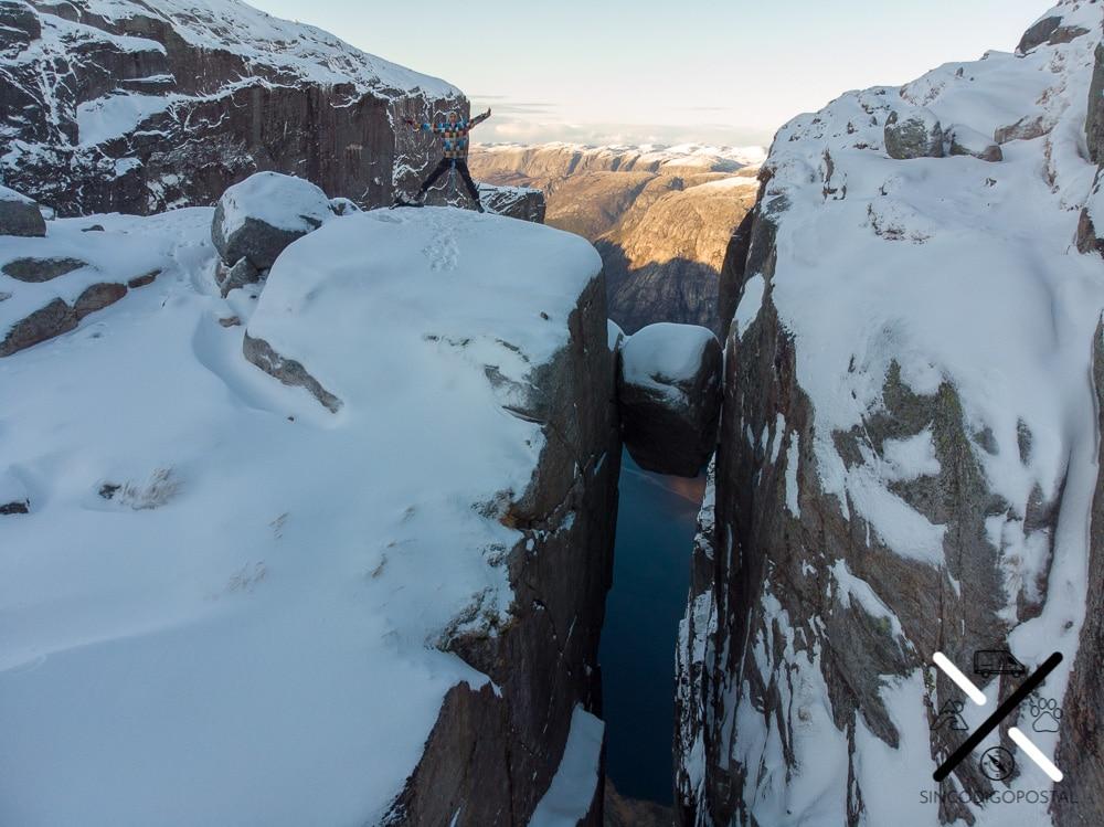 Trekking de la Piedra del Kjerag