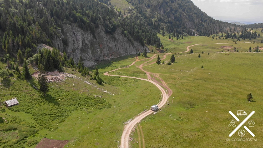 Recorriendo con la camper el monte de Kosovo