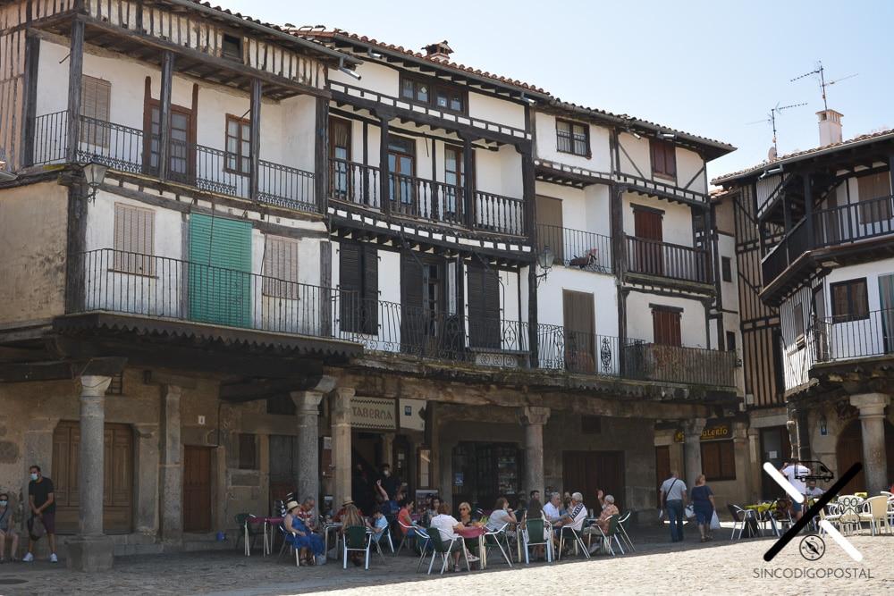 Restaurantes en la Plaza Mayor de la Alberca