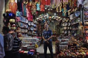 Cada puesto del Gran Bazar de Estambul es diferente. Se puede pasar horas en un solo puesto