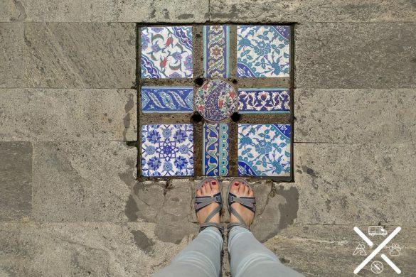 Hasta el suelo de Arasta Bazaar te hará fotografiarlo