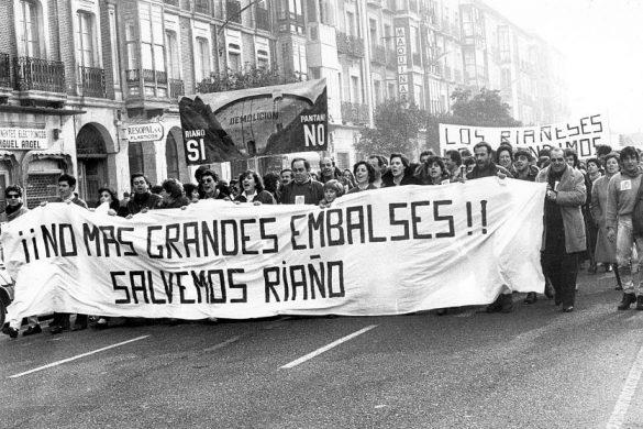 Manifestaciones contra la desaparición de Riaño Fuente Canta la Piedra