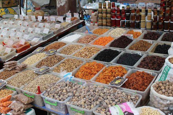 Recorrer el Bazar de las Especias es viajar a través de los sentidos