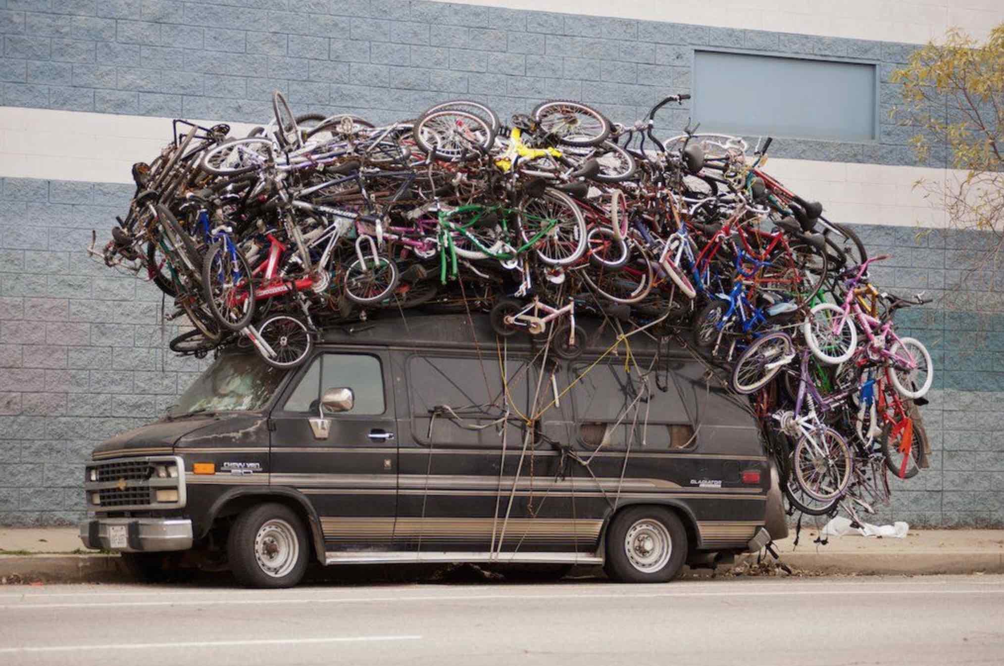 En ocasiones encontrar el portabicicletas perfecto para nuestra furgoneta camper, autocaravana o coche es un rompecabezas