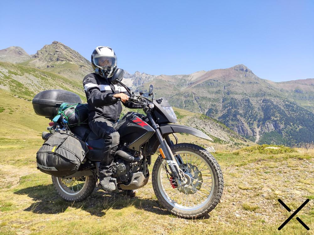 Equipación en moto