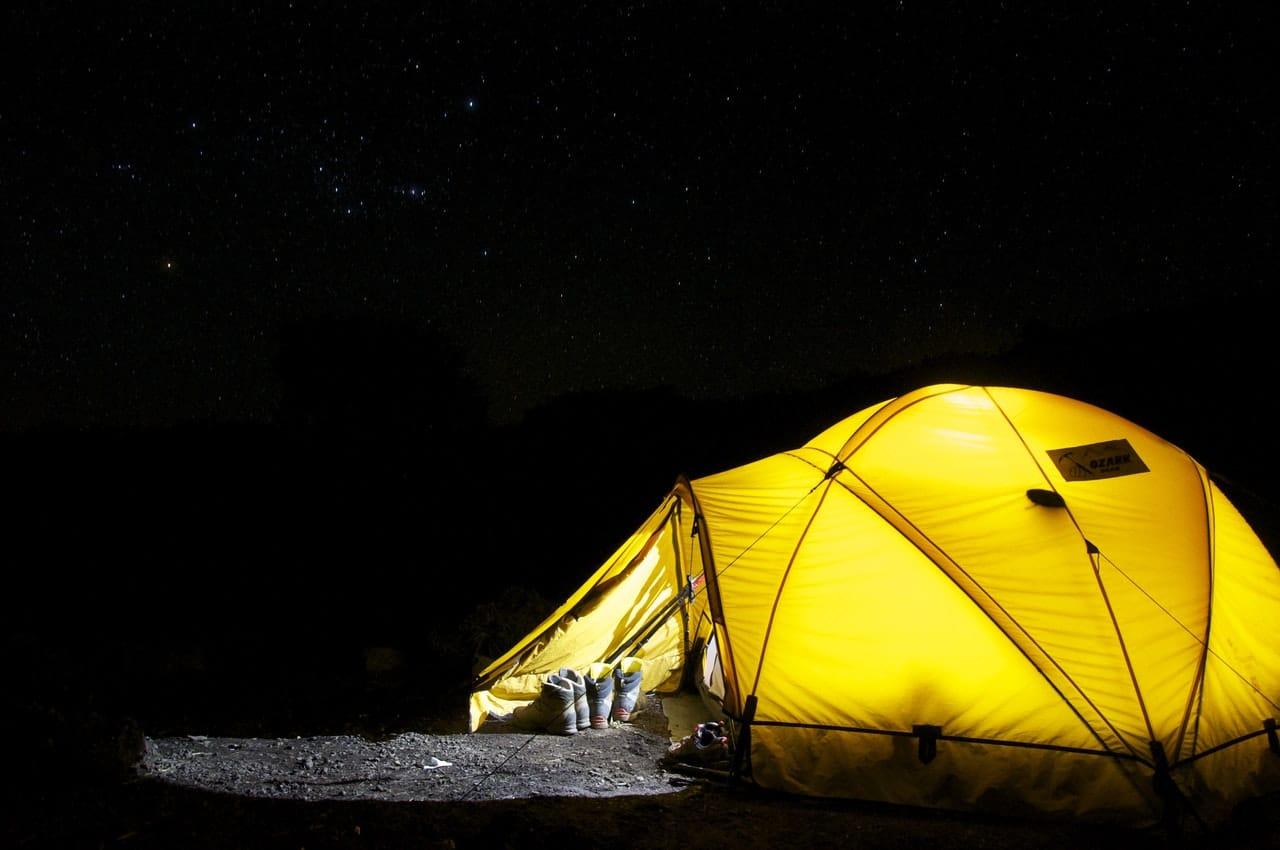 Por la noche también sirve de luz de interior