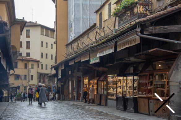 Cruzar Puente Vecchio Florencia