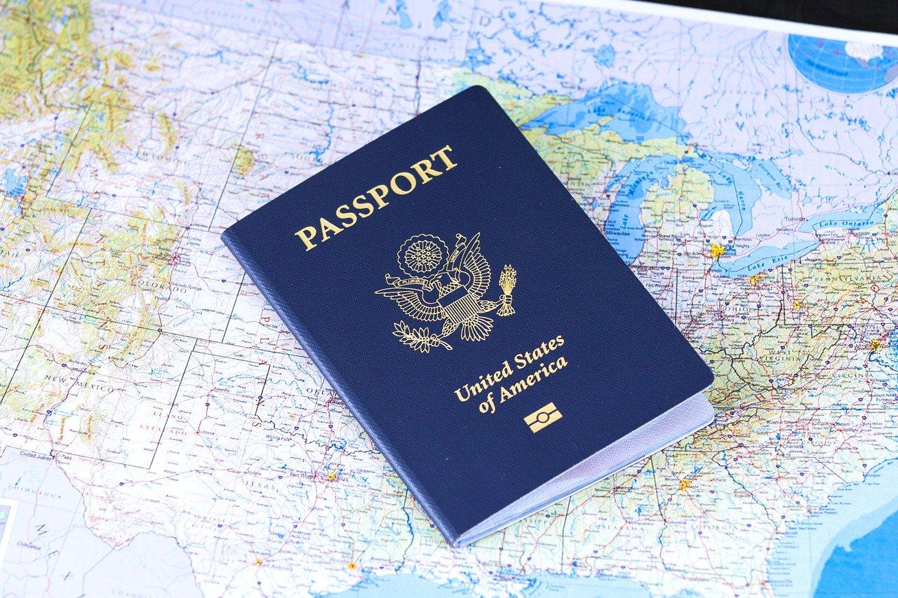 Visados, permisos o autorizaciones para viajar