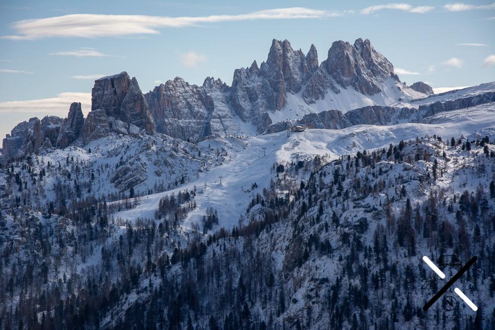 Dolomitas Cinque Torri Italia invierno