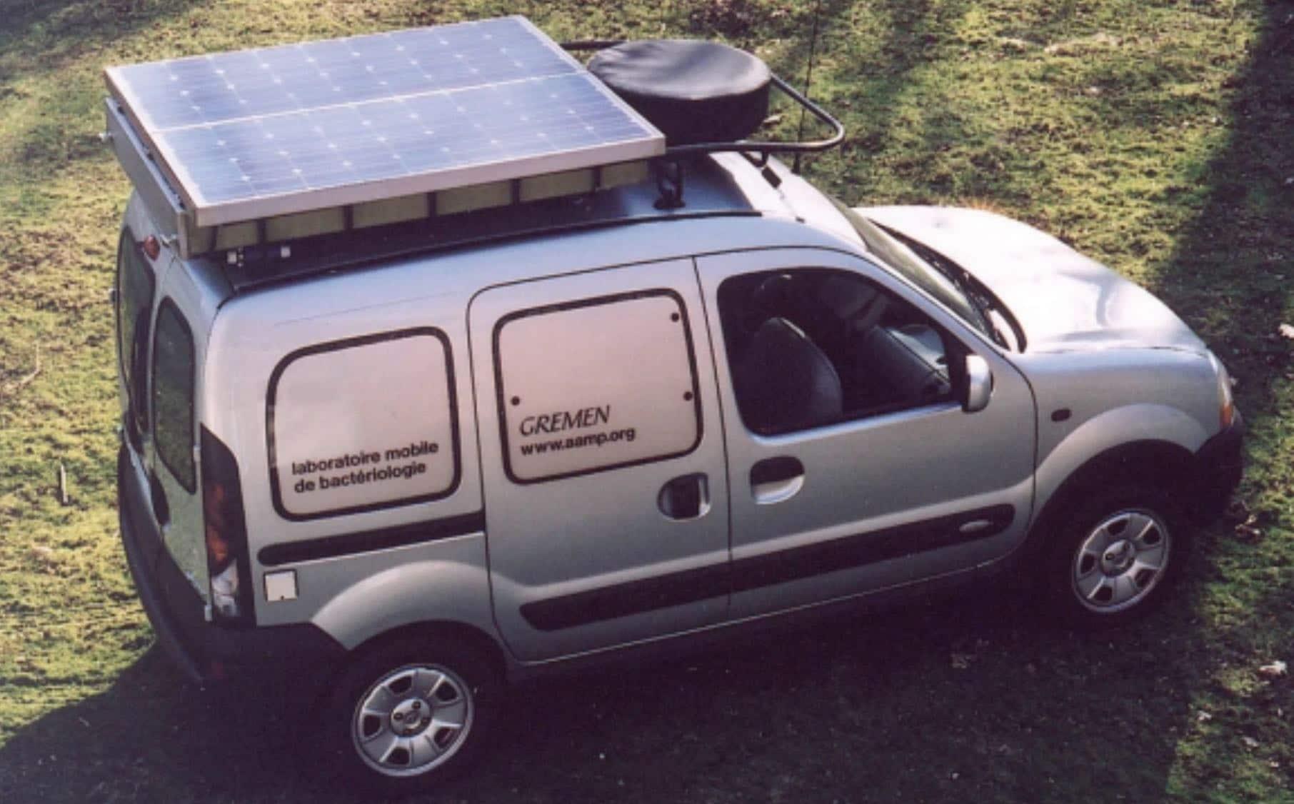 Panel Solar en Mini Camper