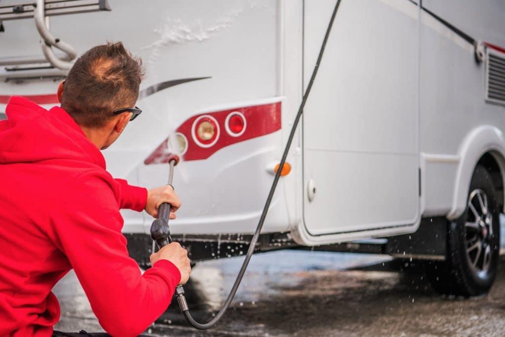 La mejor forma de alquilar tu autocaravana o furgoneta camper